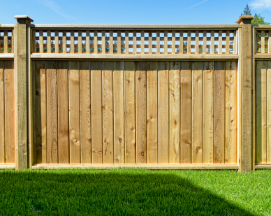 America 39 s most popular fencing materials and pros and cons of each home owner ideas - Most frequent fence materials ...
