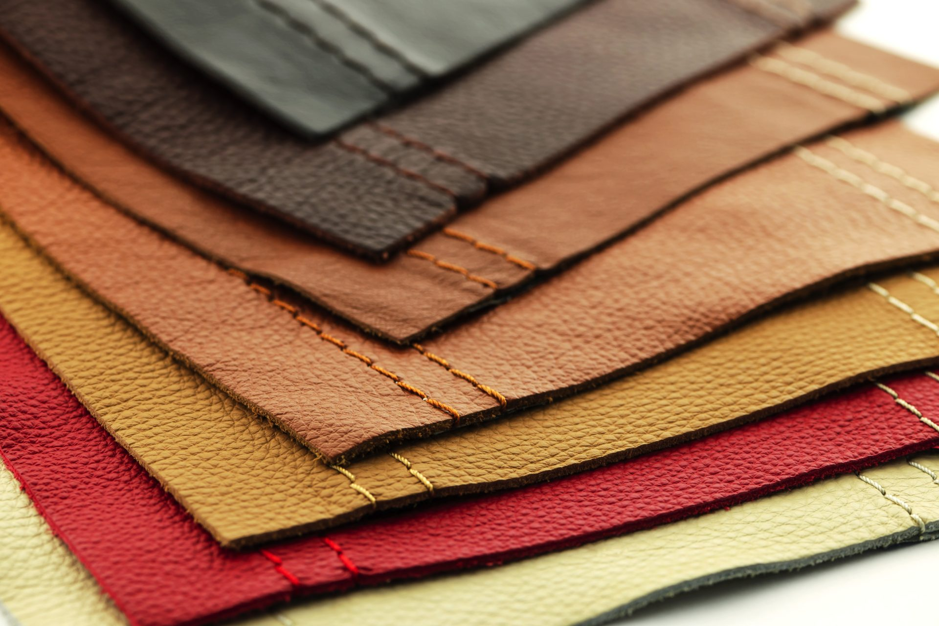 How To Choose The Best Leather Furniture For Your Living