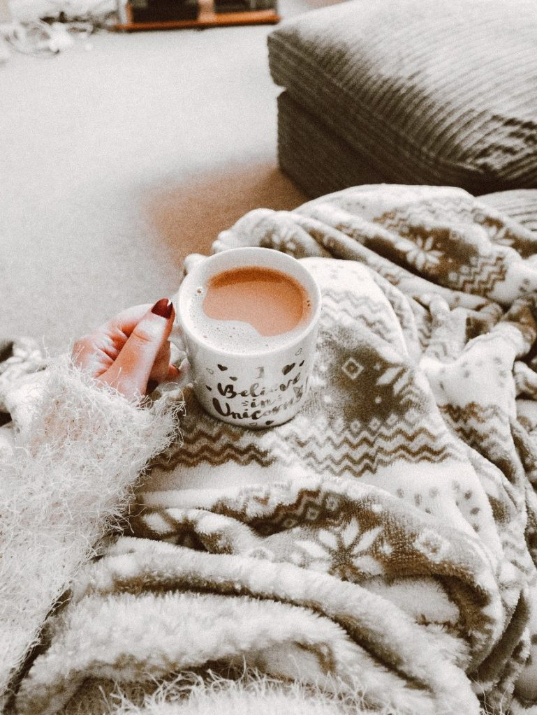 7 Warm and Wonderful Ways to Cozy Up Your Home