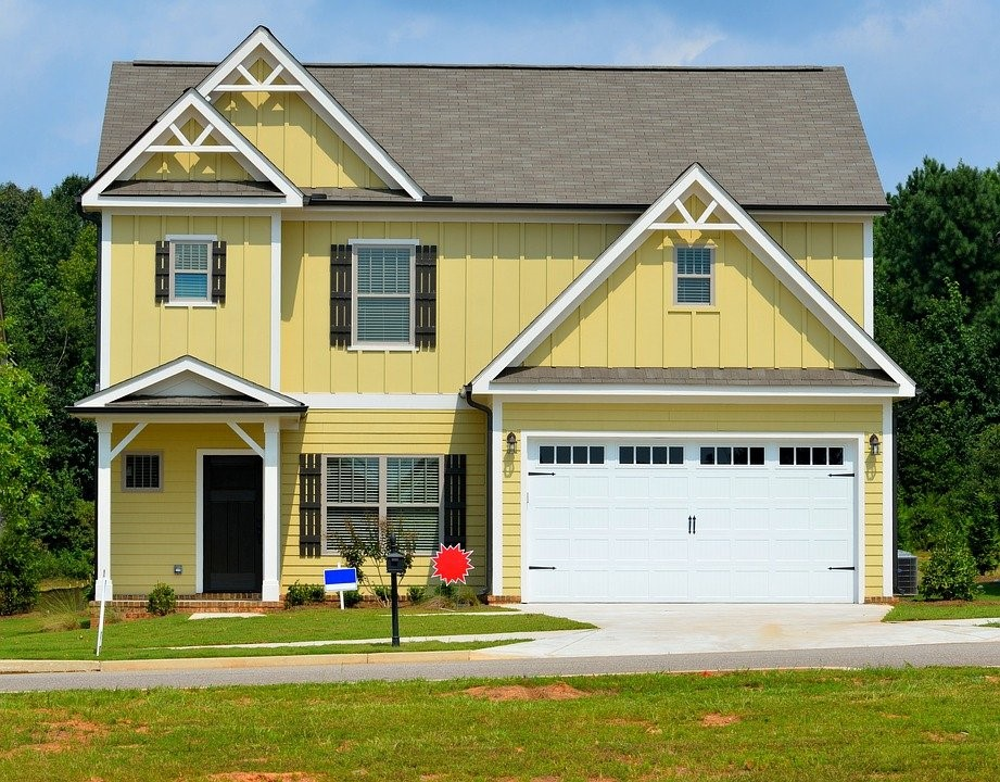 3 Mistakes to Avoid When Buying Your First Family Home